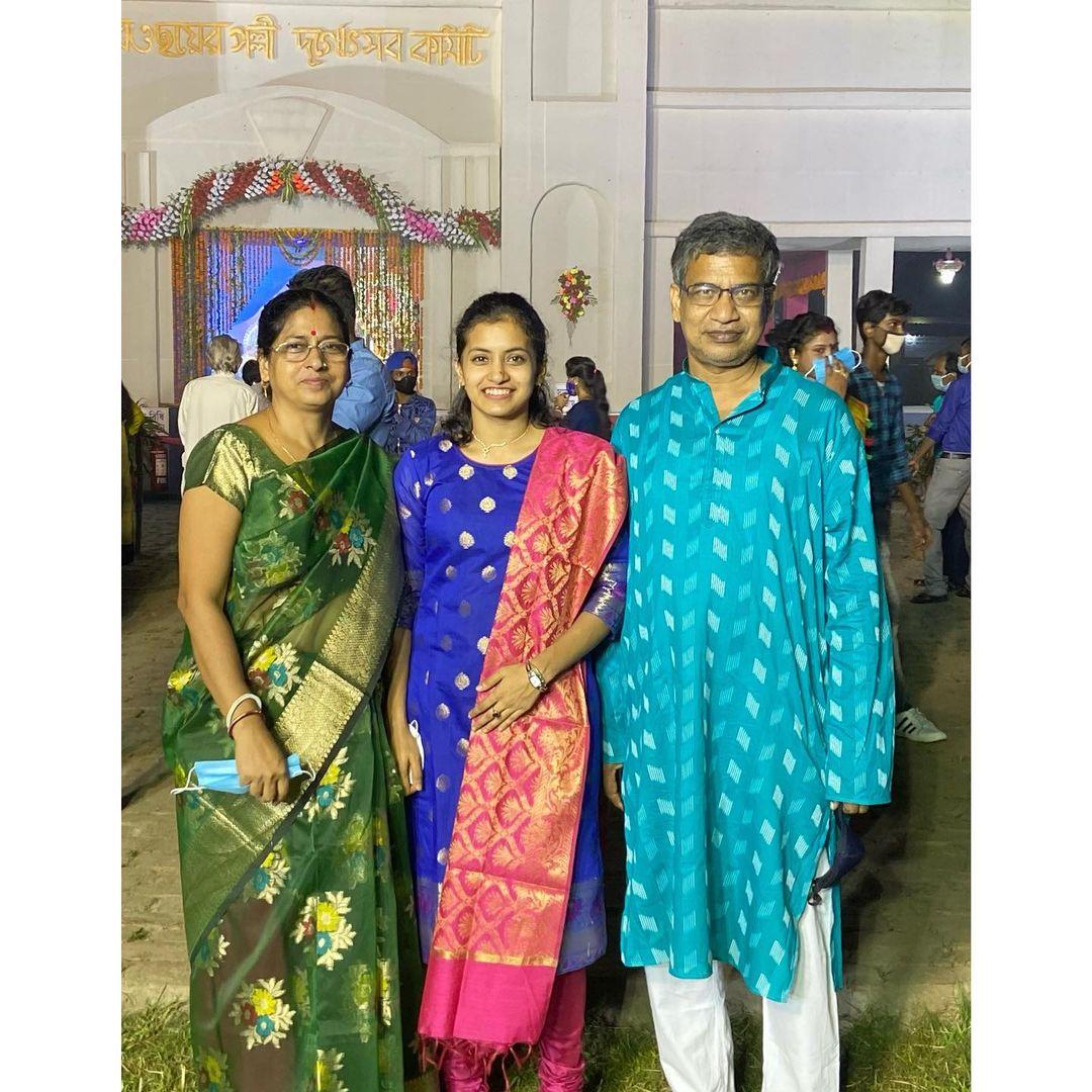 Rituparna Das Wiki, Age, Family, Boyfriend, Height, Biography, Family & More