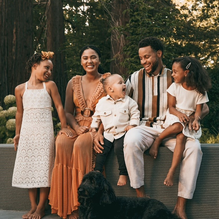 Stephen Curry Age, Wiki, Height, Family, Biography, Wife, Kids & More